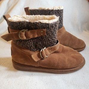 BearPaw brown nova boots